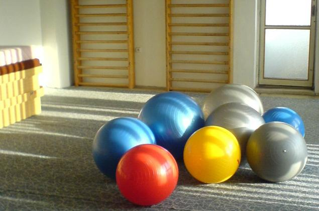 Fitball race
